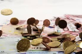 El seguro europeo pagó 2.700 millones de euros al día en siniestros y prestaciones